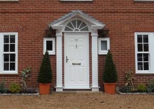 Entrance door in white